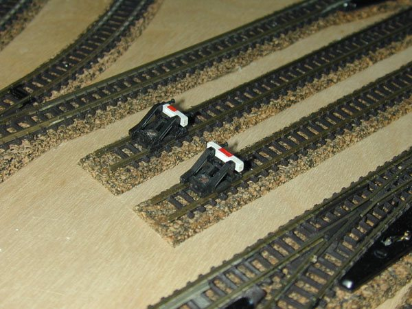 Do it Yourself in Z-scale: Laying and Ballasting Z-scale Track